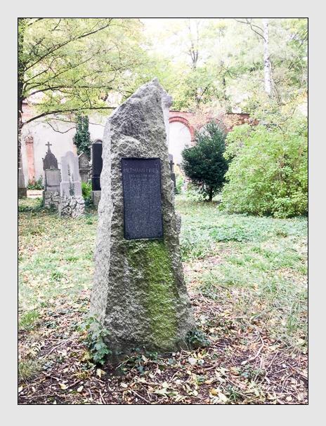 Grab der Familie Fries auf dem Alten Südfriedhof München (Oktober 2017)