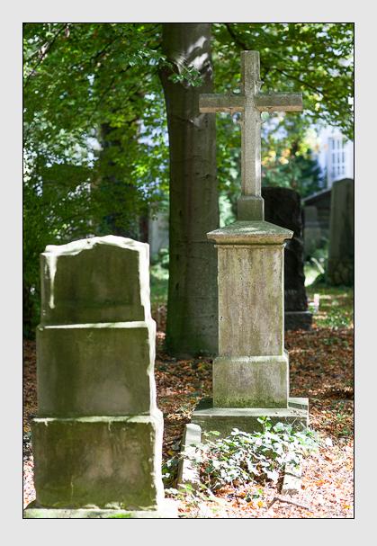 Grab der Familie Rodatus auf dem Alten Südfriedhof München (Oktober 2007)