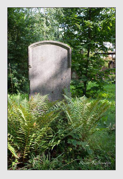 Grab der Familien Gollinger · Schwarz auf dem Alten Südfriedhof München (August 2012)