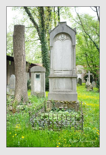 Grab der Familie Hasenmüller auf dem Alten Südfriedhof München (Mai 2013)