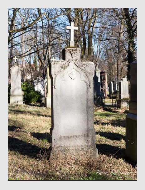 Grab der Familie Hummel auf dem Alten Südfriedhof München (Februar 2014)