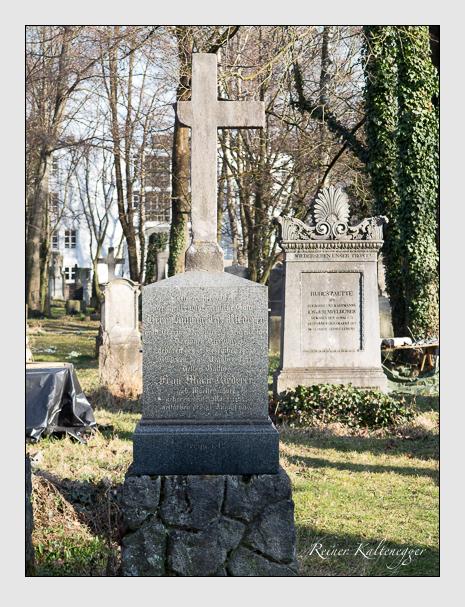 Grab der Familie Riederer auf dem Alten Südfriedhof München (März 2014)