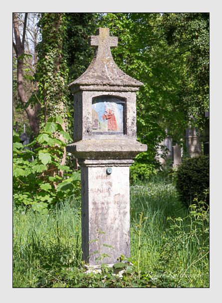 Grab der Familie Kreill auf dem Alten Südfriedhof München (Mai 2014)