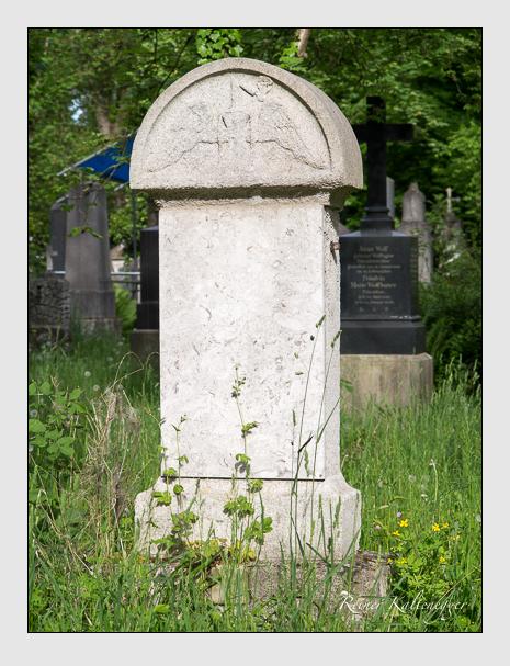 Grab der Familie Knilling auf dem Alten Südfriedhof München (Mai 2014)