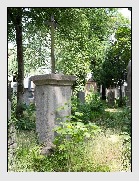 Grab der Familie Eisenschmid auf dem Alten Südfriedhof München (Juni 2014)