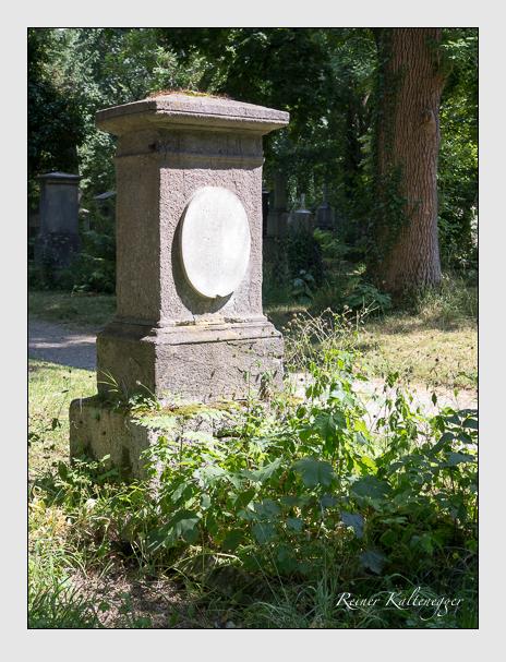 Grab der Familie Eilles auf dem Alten Südfriedhof München (Juni 2014)