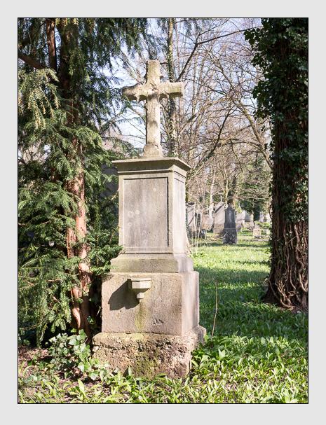 Grab der Familie Kruger auf dem Alten Südfriedhof München (April 2015)