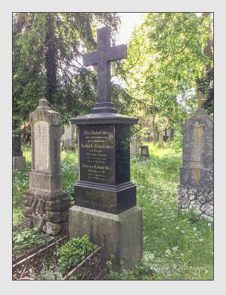 Grab der Familie Rohnfelder auf dem Alten Südfriedhof München (Mai 2016)