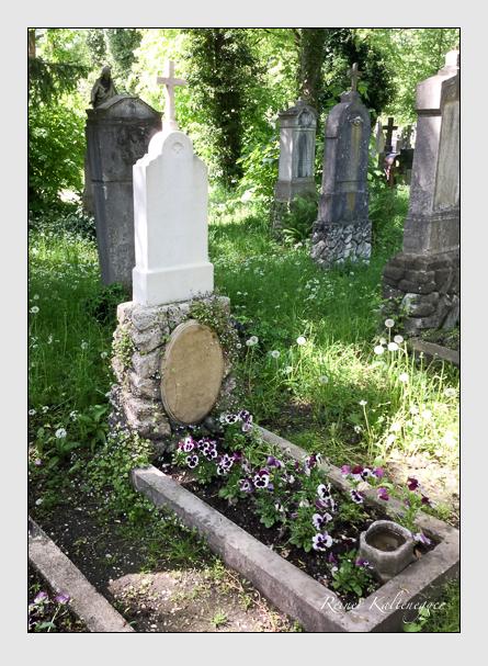 Grab der Familien Bachner · Schöninger auf dem Alten Südfriedhof München (Mai 2016)