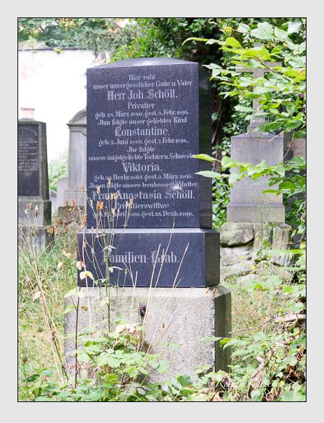 Grab der Familien Felder · Schöll auf dem Alten Südfriedhof München (Juli 2016)