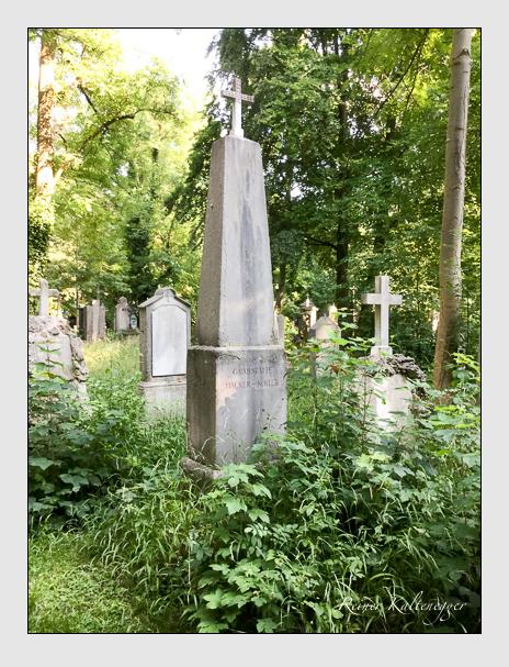 Grab der Familien Hacker · Koller · Meilinger auf dem Alten Südfriedhof München (Juli 2016)