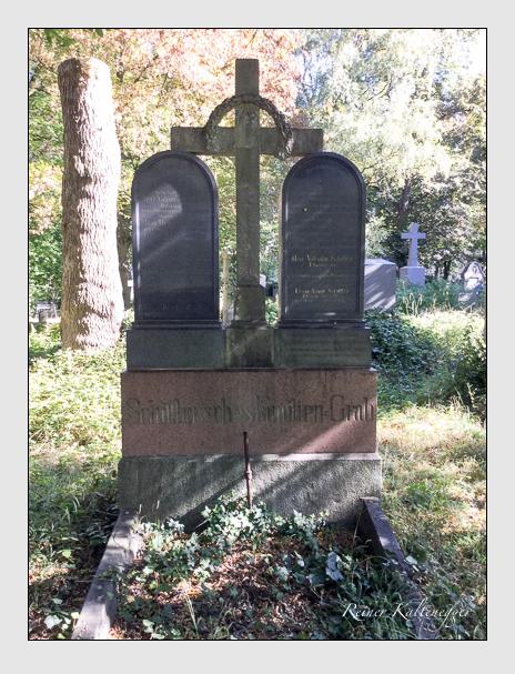 Grab der Familie Schittler auf dem Alten Südfriedhof München (Oktober 2016)