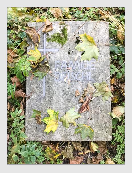Grab der Familie Deischl auf dem Alten Südfriedhof München (Oktober 2016)