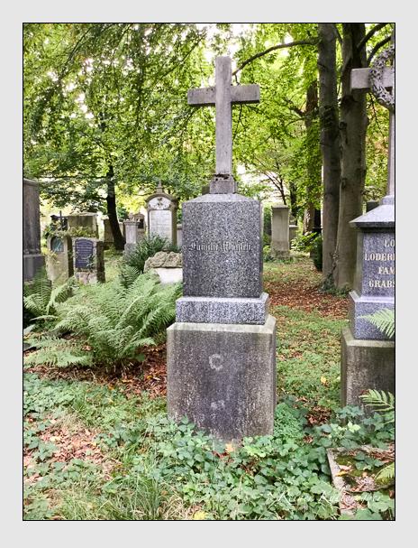 Grab der Familien Bihler · Wünsch · Zolcher auf dem Alten Südfriedhof München (Oktober 2016)