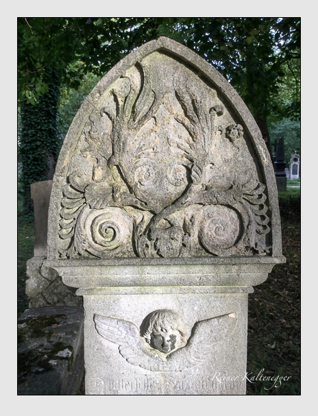 Grab der Familie Deutter auf dem Alten Südfriedhof München (Oktober 2016)