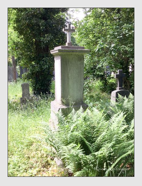 Grab der Familie Zeiller auf dem Alten Südfriedhof München (Oktober 2016)