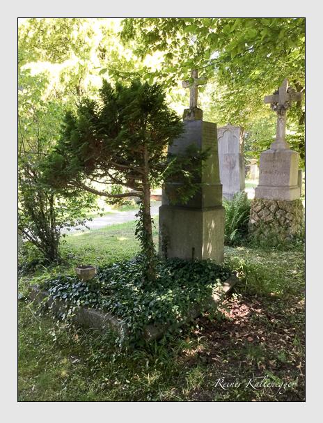 Grab der Familie Bartenhauser auf dem Alten Südfriedhof München (Oktober 2016)