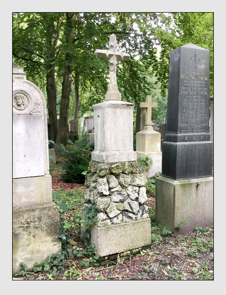 Grab der Familien Boser · Dick auf dem Alten Südfriedhof München (Oktober 2016)