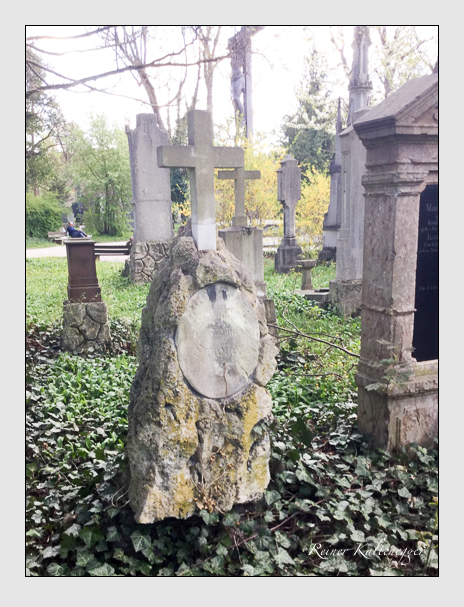 Grab der Familie Orterer auf dem Alten Südfriedhof München (April 2017)
