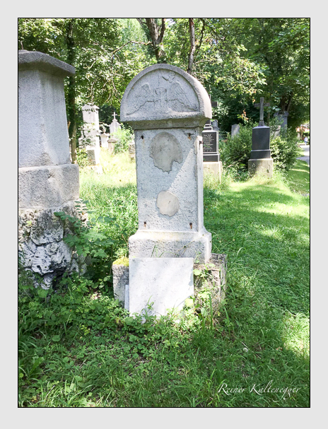 Grab der Familie Knilling auf dem Alten Südfriedhof München (Dezember 2017)