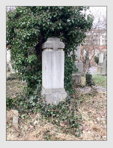 Grab der Familie Moser auf dem Alten Südfriedhof München (März 2018)