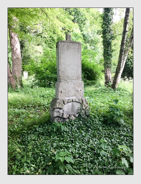 Grab der Familie Weishaupt auf dem Alten Südfriedhof München (Dezember 2018)