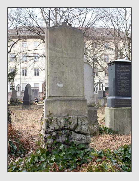 Grab der Familie Zechetmayer auf dem Alten Südfriedhof München (Februar 2020)