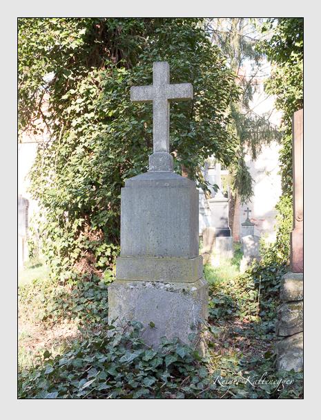 Grab der Familie Gradl auf dem Alten Südfriedhof München (April 2020)