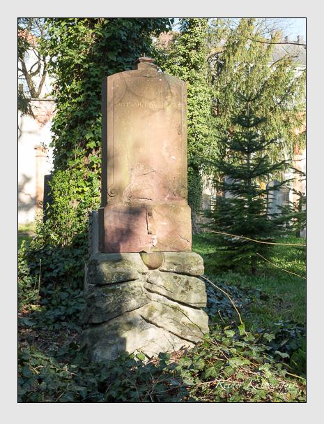 Grab der Familie Weinberger auf dem Alten Südfriedhof München (April 2020)