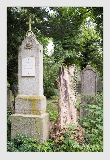 Grab der Familien Gassner · Premm auf dem Alten Südfriedhof München (August 2012)