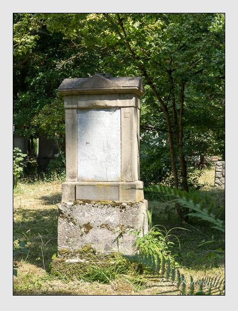 Grab der Familie Gerstenecker auf dem Alten Südfriedhof München (Juni 2014)