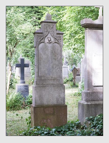 Grab der Familie Hafenrichter auf dem Alten Südfriedhof München (Juni 2014)