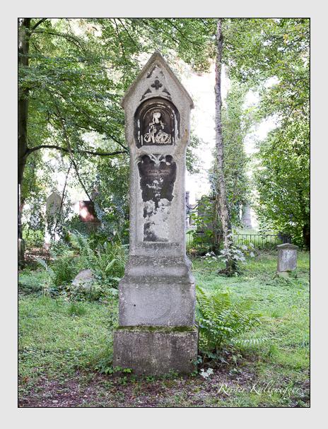 Grab der Familie Holzlechner auf dem Alten Südfriedhof München (August 2014)