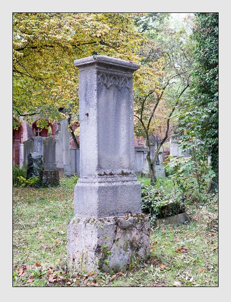 Grab der Familie Rosner auf dem Alten Südfriedhof München (Oktober 2014)