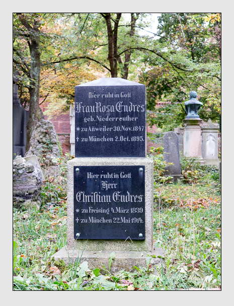 Grab der Familie Endres auf dem Alten Südfriedhof München (Oktober 2014)