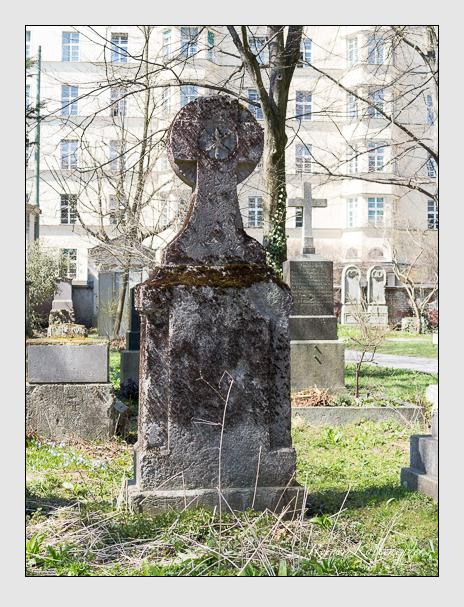 Grab der Familie Kunst auf dem Alten Südfriedhof München (April 2015)