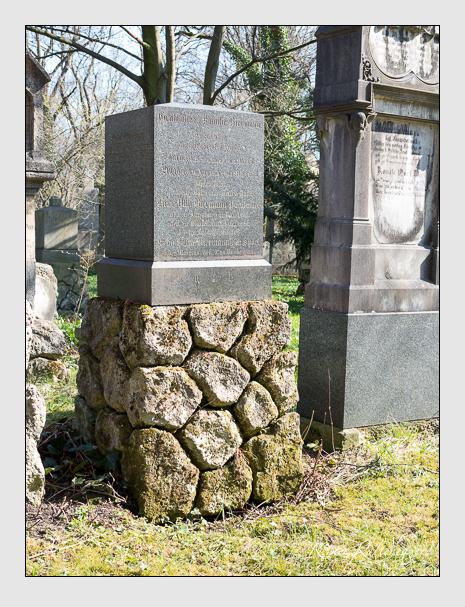 Grab der Familie Biermann auf dem Alten Südfriedhof München (April 2015)