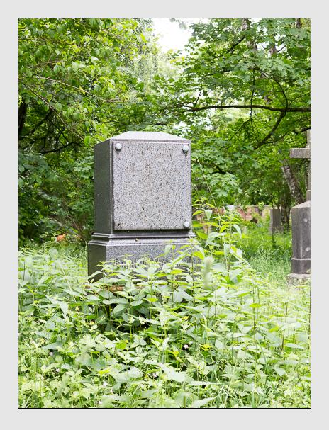 Grab der Familie Schrettinger auf dem Alten Südfriedhof München (Mai 2015)