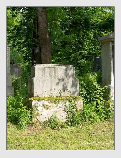 Grab der Familien Berchem · Eichthal auf dem Alten Südfriedhof München (Mai 2015)