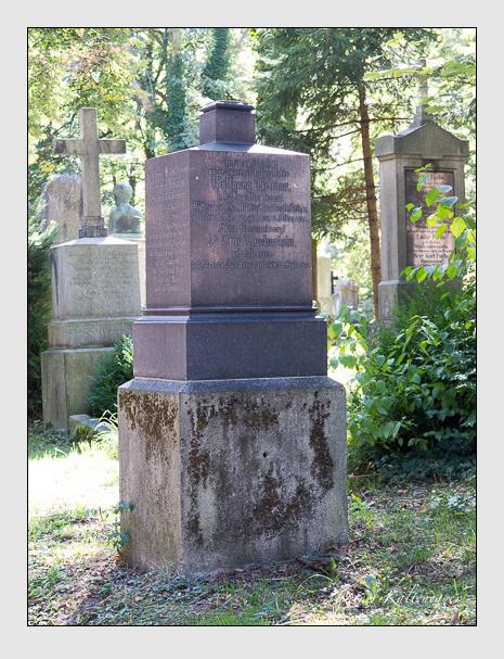 Grab der Familie Helmes auf dem Alten Südfriedhof München (September 2015)