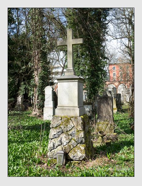 Grab der Familie Stopper auf dem Alten Südfriedhof München (März 2016)
