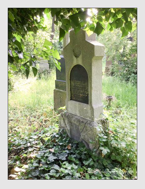 Grab der Familie Bauer auf dem Alten Südfriedhof München (Mai 2016)