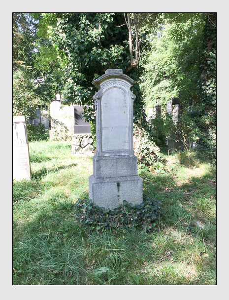 Grab der Familie Weber auf dem Alten Südfriedhof München (Oktober 2016)