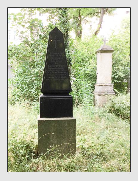 Grab der Familien Brunner · Kling · Rast auf dem Alten Südfriedhof München (Oktober 2016)