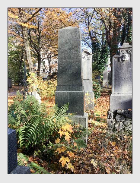 Grab der Familie Hart auf dem Alten Südfriedhof München (Oktober 2016)