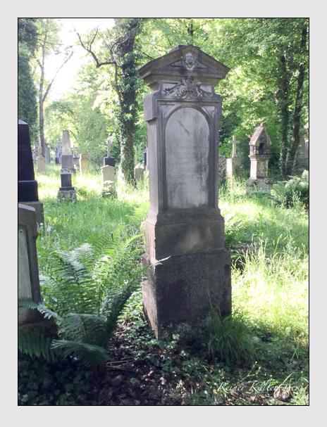 Grab der Familie Wengenmaier auf dem Alten Südfriedhof München (Oktober 2016)