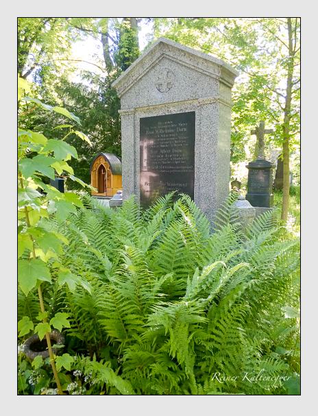 Grab der Familien Dorn · Wintermayr auf dem Alten Südfriedhof München (Oktober 2016)