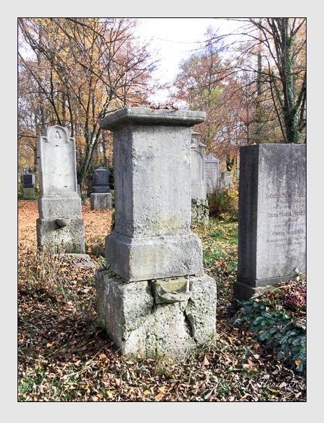 Grab der Familie Prestel auf dem Alten Südfriedhof München (Dezember 2017)