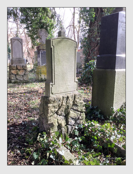 Grab der Familien Müller · Trinkgeld auf dem Alten Südfriedhof München (März 2018)