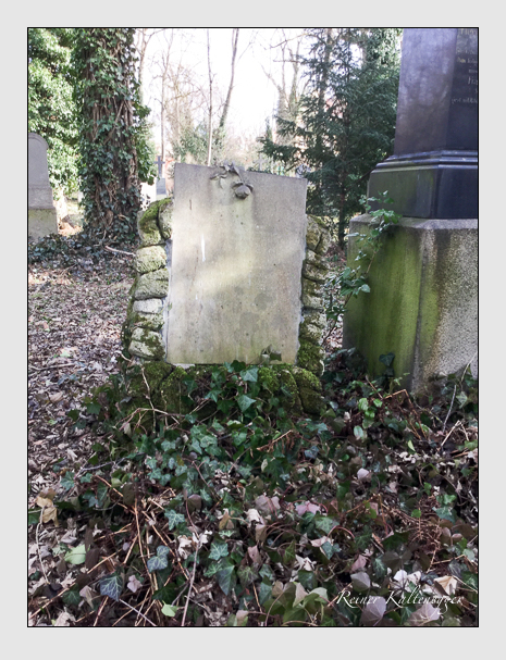 Grab der Familie Krause auf dem Alten Südfriedhof München (März 2018)